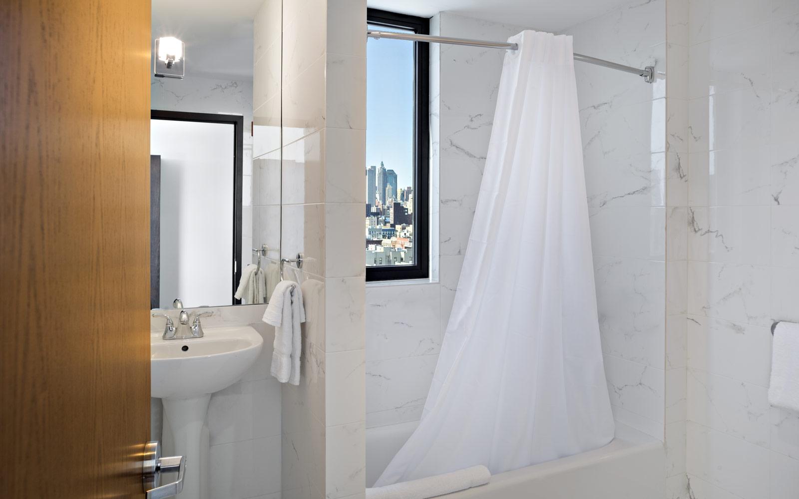 Orchard_St_Hotel_Bathroom